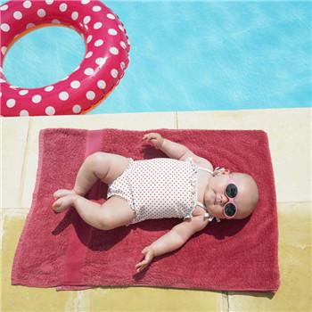 如何预防新生儿黄疸 保持婴儿皮肤清洁